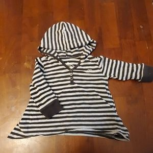 Children's place hooded long sleeve tee